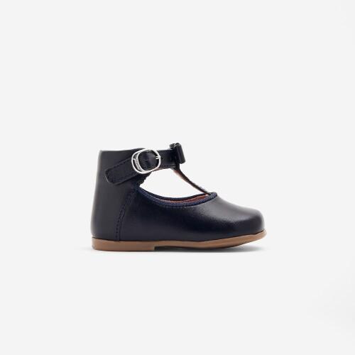 Pantofi de pre-margatori de fetite