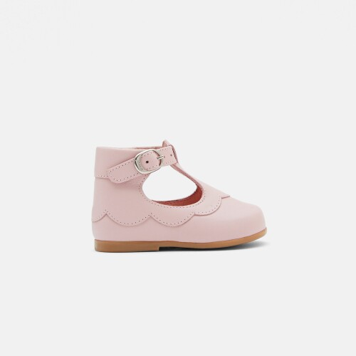Baby girl pre-walker t-strap shoes