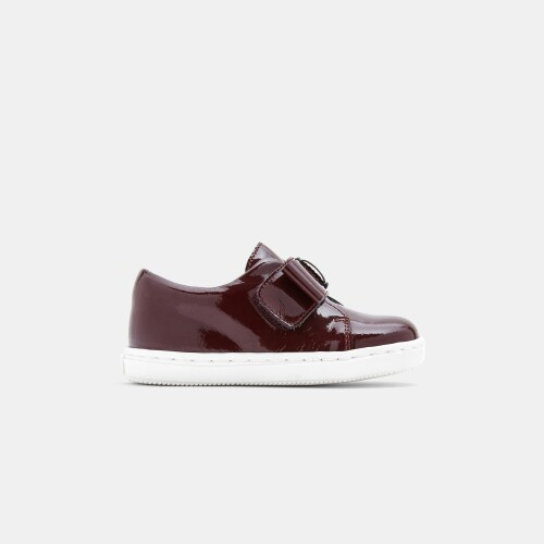 Baby girl patent leather sneakers