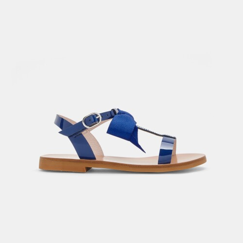 Girl patent leather sandals